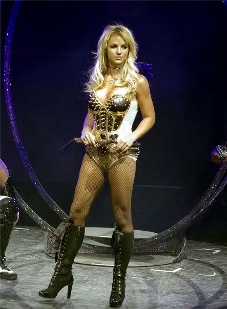 BritneySpears5615_1111644911541_123